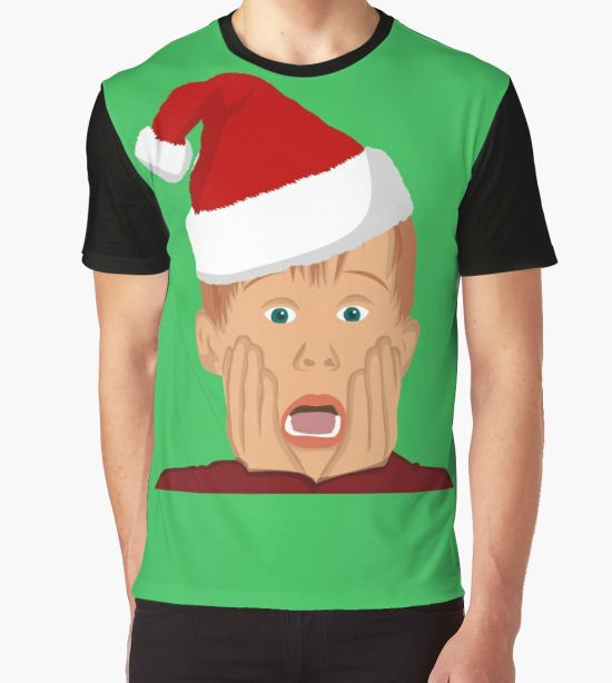'Home Alone Movie Santa Hat T-Shirt: Macaulay Culkin Christmas Holiday' Graphic T-Shirt by Essetino T-Shirt
