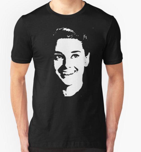 audrey hepburn T-Shirt by ralphyboy T-Shirt